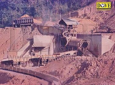Precious stones mining in Vietnam in 1990