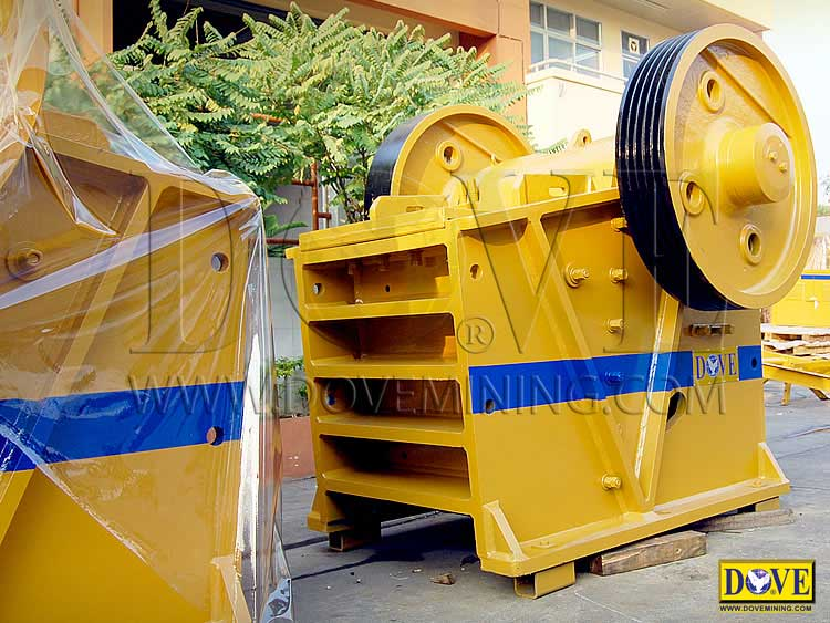 New DOVE Jaw Crusher in the factory