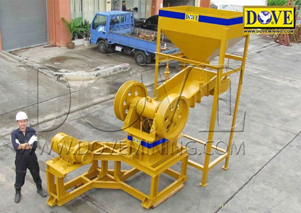 DOVE Crusher with Feed hopper